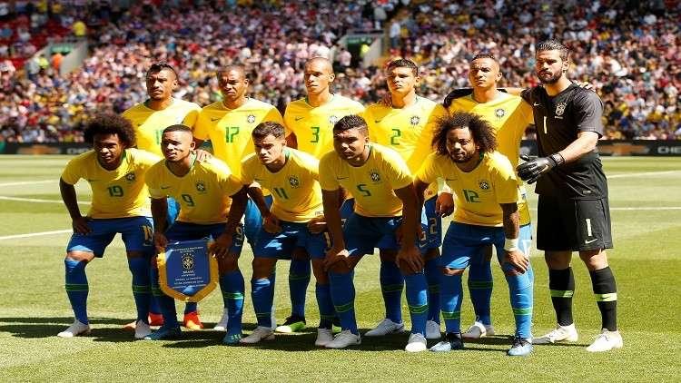 وضع جدول لقاء لاعبي البرازيل بزوجاتهم خلال المونديال
