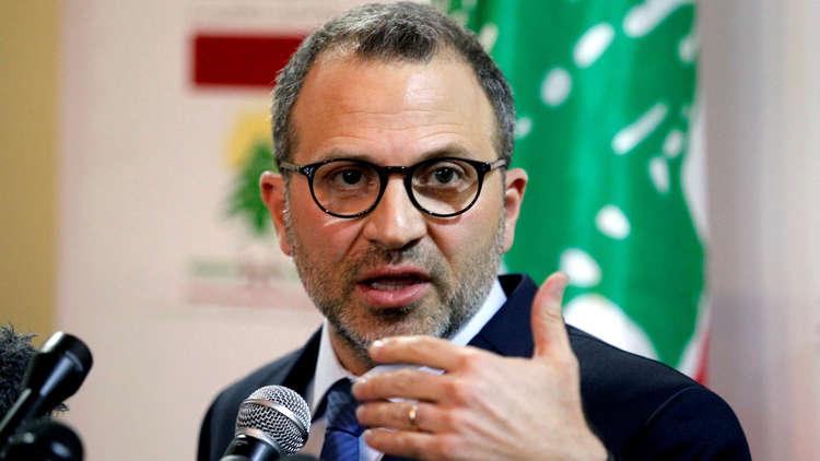 لبنان يهدد مفوضية اللاجئين بإجراءات بسبب تخويفها النازحين