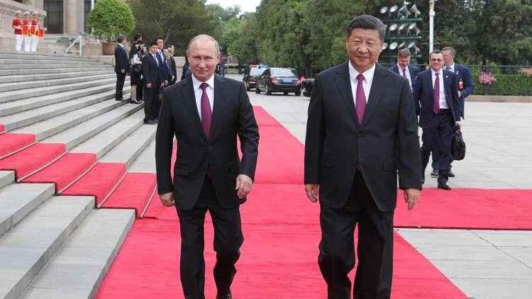 بوتين وشي يتفقان على تعزيز حضور الروبل واليوان في المبادلات التجارية