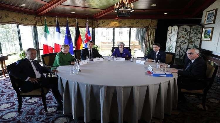 ميركل تربط عودة روسيا لمجموعة الـ8 الكبار بحل الأزمة الأوكرانية