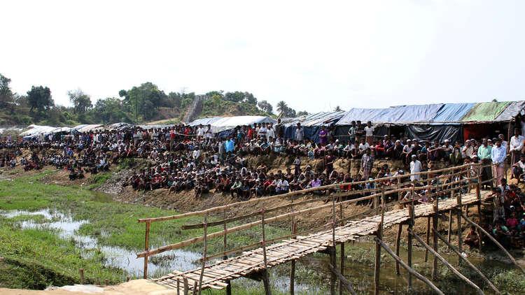 مخيمات الروهينغا في مهب الأعاصير القوية