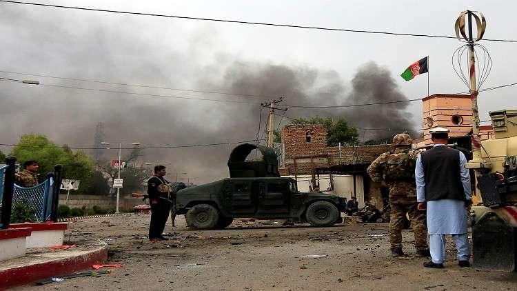 مقتل وجرح العشرات بتفجير انتحاري وهجمات في أفغانستان