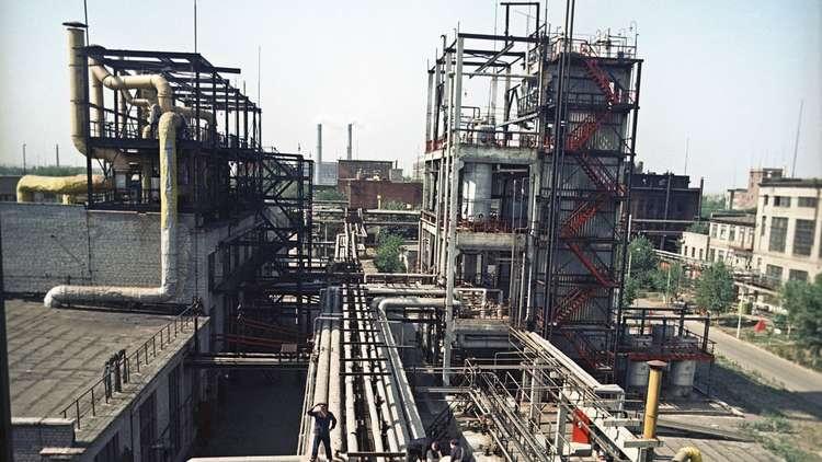 كييف.. تدمير خزان يحوي 270 طنا من المواد الكيميائية عند خط التماس مع دونباس