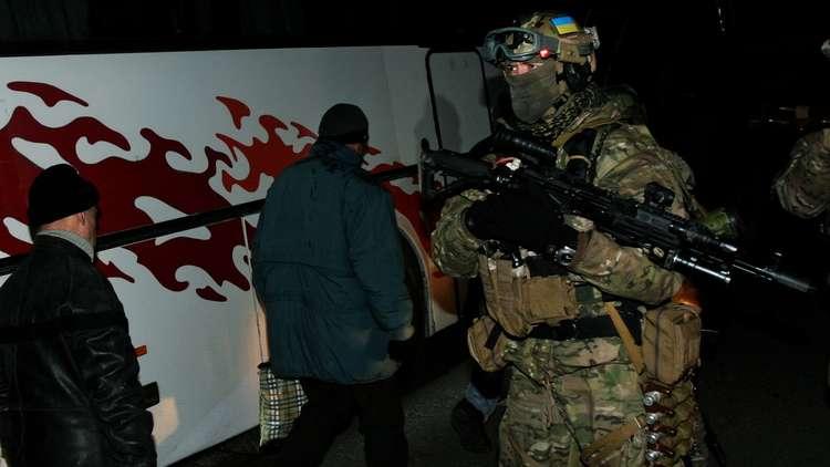 وصول قوات أوكرانية خاصة إلى خط التماس جنوب شرقي أوكرانيا