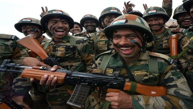 مصرع 4 عسكريين هنود في كشمير