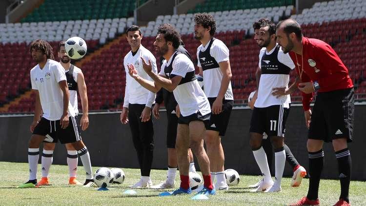 صلاح يشارك في أول تدريب جماعي مع منتخب مصر