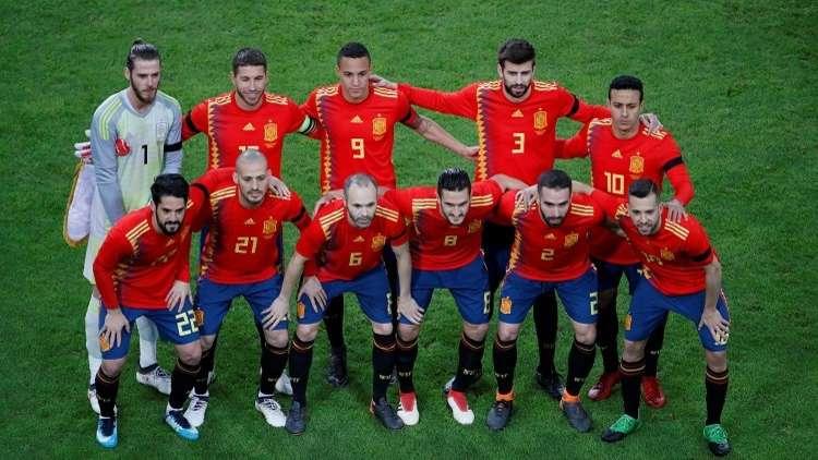 إسبانيا تعين أسطورة ريال مدريد مدربا للمنتخب