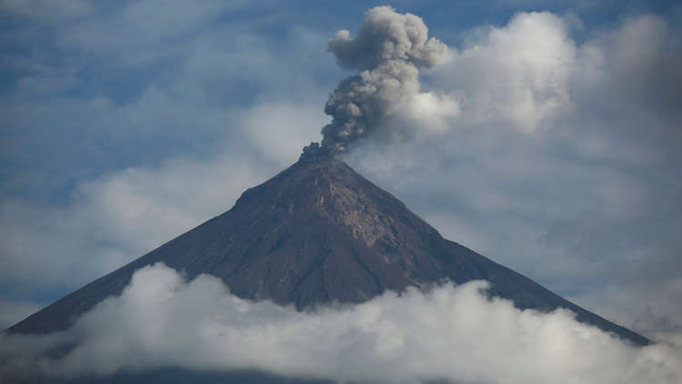 الانفجارات البركانية المدمرة تهدد بـ