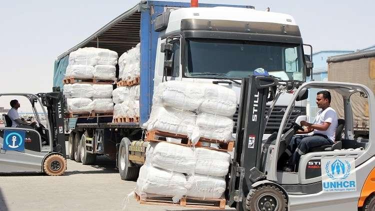 الأمم المتحدة توصل مساعدات إنسانية إلى الحديدة رغم القصف