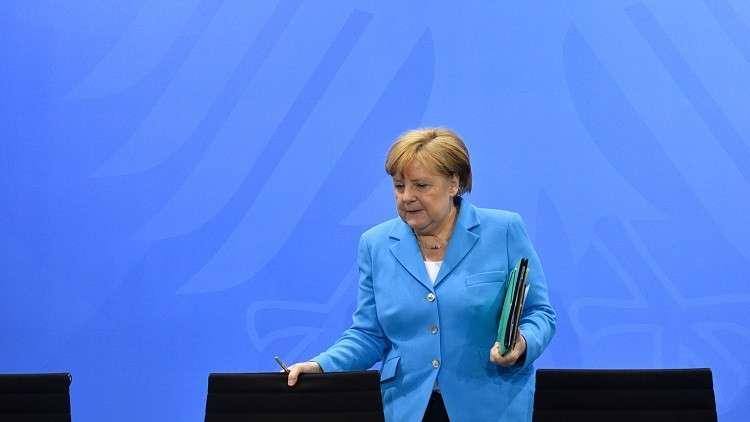 ميركل تدعو الاتحاد الأوروبي للوحدة بشأن قضية الهجرة