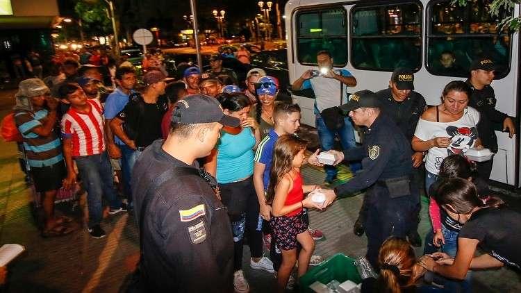 عدد النازحين من فنزويلا إلى كولومبيا يتجاوز المليون