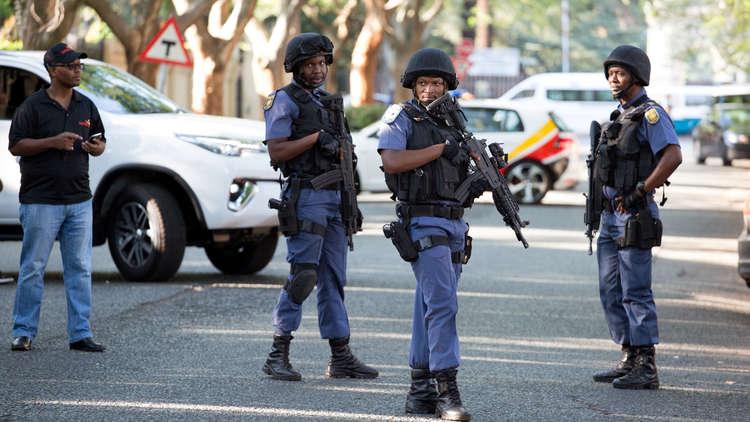 مقتل شخصين في هجوم داخل مسجد في إفريقيا الجنوبية