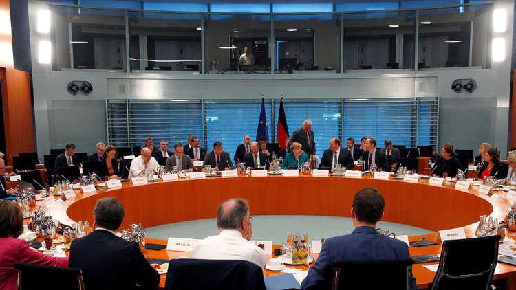 ميركل: ألمانيا لن تتخذ قرارات منفردة بشأن المهاجرين
