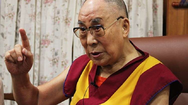 الدالاي لاما يكشف عن سرّ السعادة في الحياة