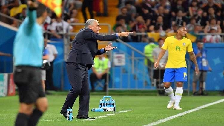 مدرب البرازيل يكشف سبب تعادل فريقه في مباراته الأولى