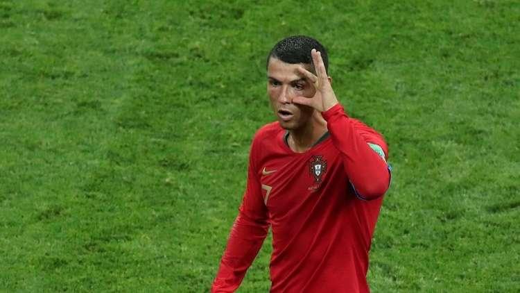 """رونالدو يكشف السر الحقيقي لاحتفاله الغريب بـ """"عثنون الماعز"""" بعد هدفه في مرمى إسبانيا"""