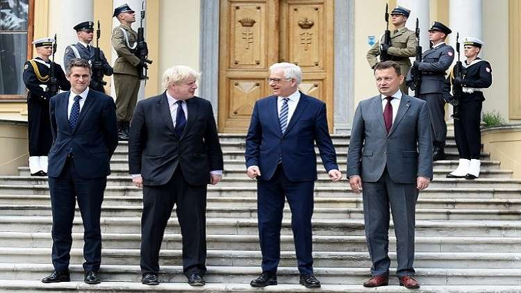 لندن ووارسو تستعدان لمواجهة موسكو وبرلين!