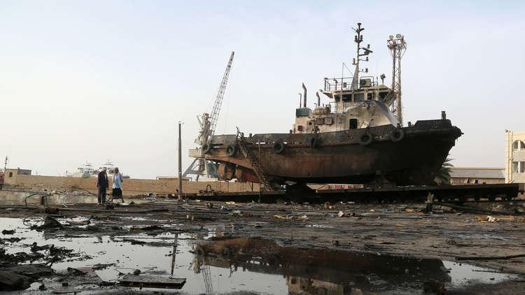 رويترز: الحوثيون يبدون استعدادهم لتسليم ميناء الحديدة للأمم المتحدة