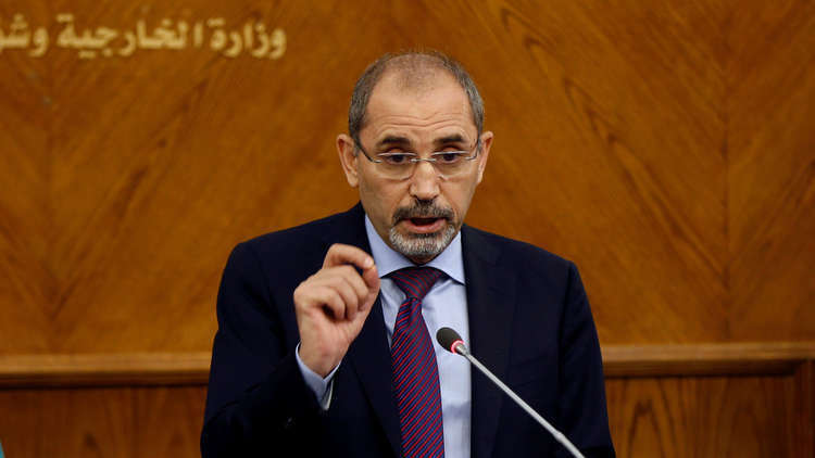 الصفدي: عمّان تجري اتصالات مع موسكو وواشنطن بشأن الجنوب السوري