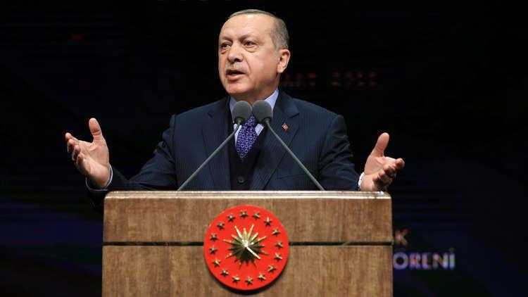 أردوغان يعلن فوزه في الانتخابات