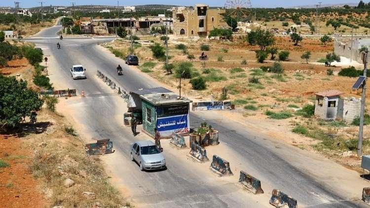 حميميم: 465 شخصا غادروا منطقة خفض التصعيد في إدلب خلال اليوم