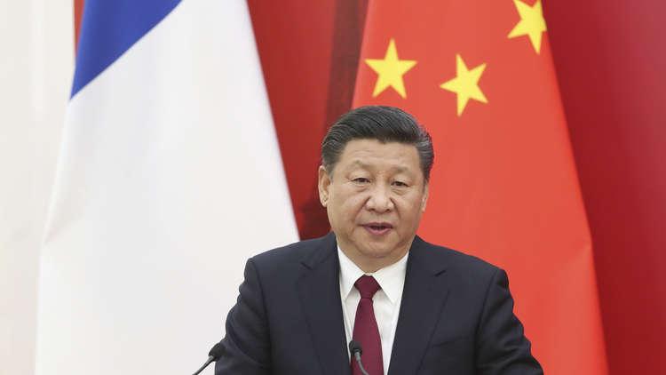 بكين توقف بث قناة أمريكية بعد مزحة عن الرئيس الصيني