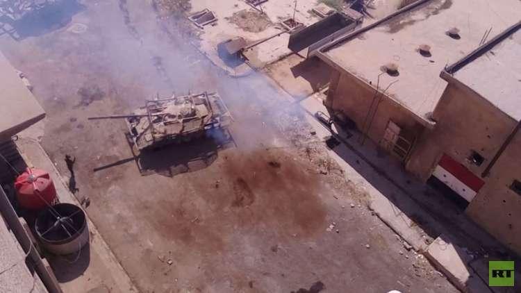 مقتل العشرات بقصف لطائرات سورية على درعا وفتح 3 معابر لخروج المدنيين