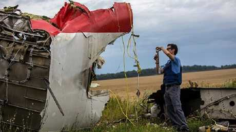 حطام الطائرة الماليزية المنكوبة