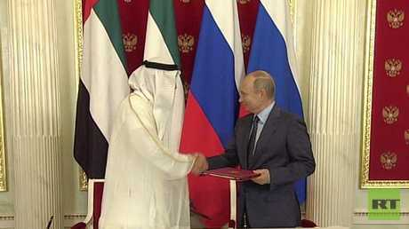 بوتين وولي عهد أبوظبي يوقعان على إعلان الشراكة الاستراتيجية بين روسيا والإمارات