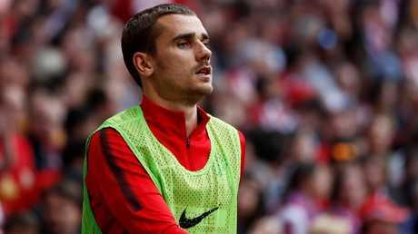 قبل انضمامه لبرشلونة.. غريزمان قد يعرض البارسا لعقوبة قاسية