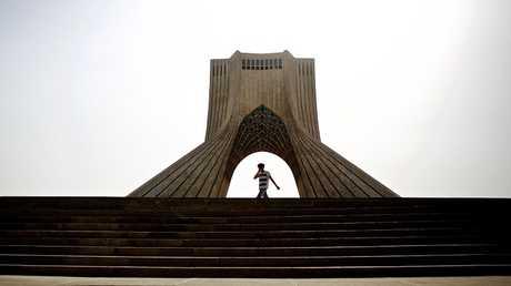 أرشيف  - طهران