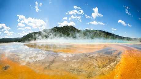هل سينفجر بركان يلوستون الهائل؟