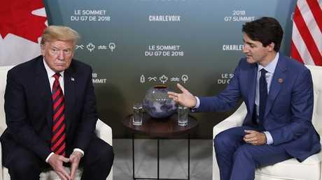 الرئيس الأمريكي دونالد ترامب ونظيره الكندي جاستين ترودو