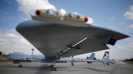 طائرة مراقبة بدون طيار من طراز (هيرون-تي.بي)