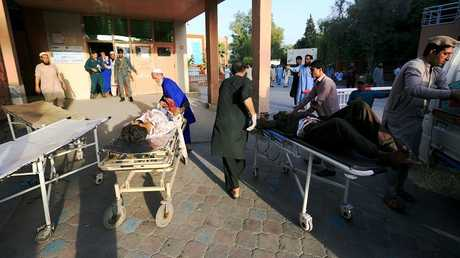 مقتل 20 شخصا على الأقل في هجوم انتحاري بشرق أفغانستان