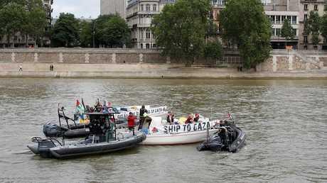 فرنسا تمنع قاربين من أسطول الحرية غزة من الرسو في باريس
