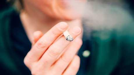 التدخين يسبب الخرف!