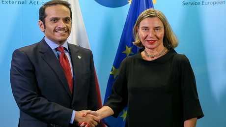 فيدريكا موغيريني ووزير خارجية قطر الشيخ محمد آل ثاني