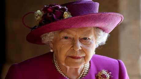 الملكة إليزابيث الثانية، ملكة بريطانيا