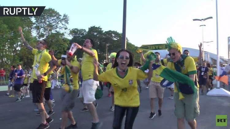 شاهد.. فرحة مشجعي البرازيل بعد فوز منتخبهم