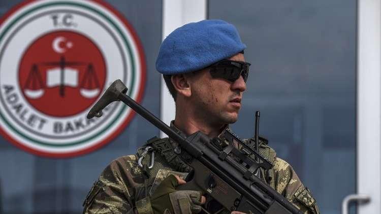 موجة جديدة من الاعتقالات على ذمة التحقيق في انقلاب تركيا الفاشل