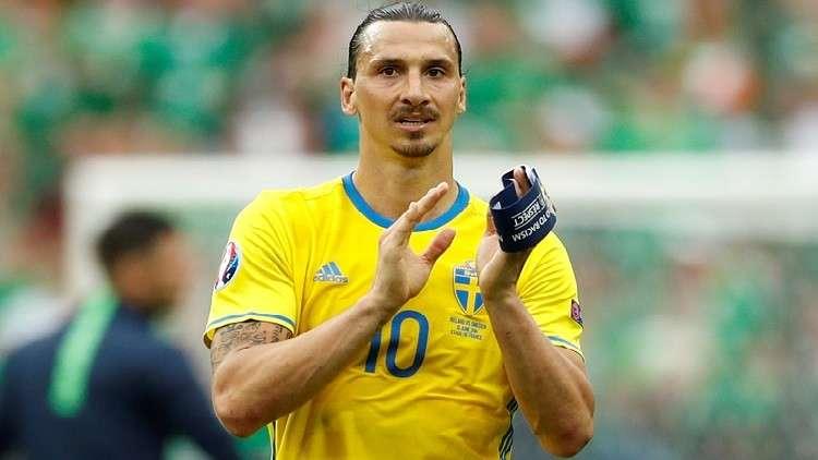 إبراهيموفيتش يوجه رسالة للاعبي السويد بعد الخسارة أمام إنجلترا