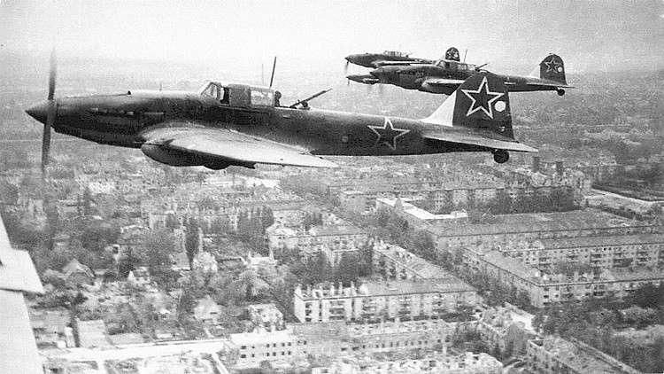 الطيارون الروس عند وقوعهم في الأسر يستعدون لشيء واحد