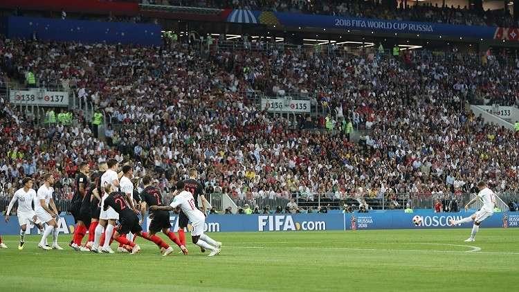 مباراة كرواتيا وإنجلترا تشتعل