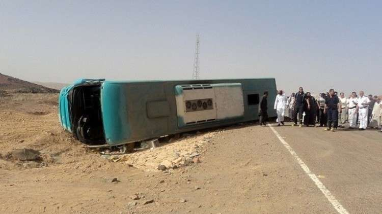 مصر.. حادث يقتل 10 أشخاص ويصيب 23 آخرين