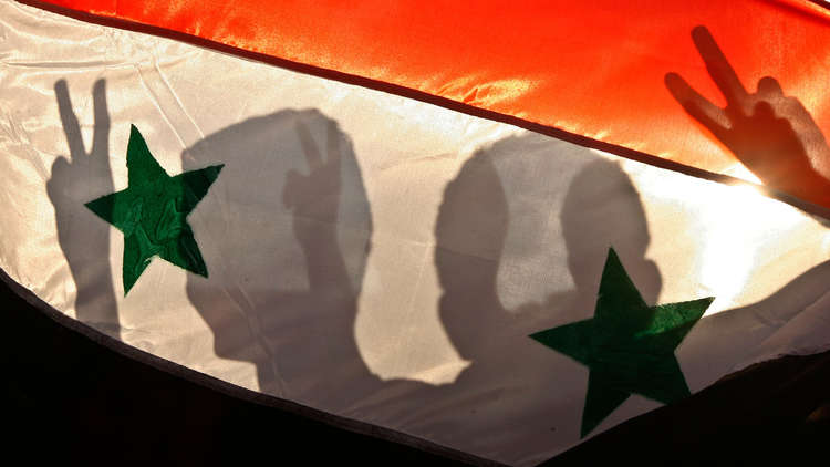إسرائيل تملي.. وإيران باقية في سوريا