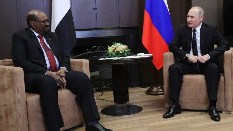 الكرملين يؤكد قدومالبشير لموسكو ولقاءه مع بوتين