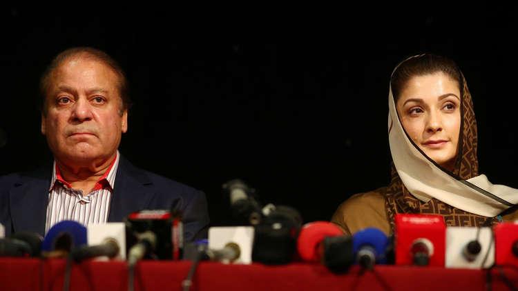 توقيف رئيس الوزراء الباكستاني السابق وابنته في مطار لاهور