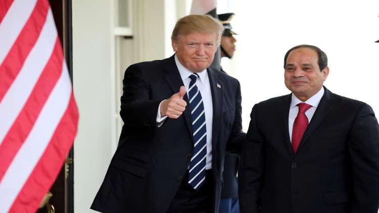 ترامب يهنئ المصريين ويؤكد على متانة العلاقات بين البلدين