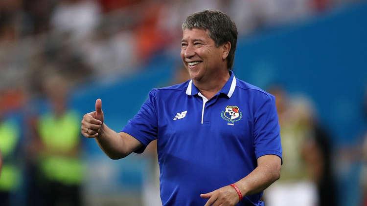 """مدرب بنما """"غوميز"""" يتخلى عن مهامه"""